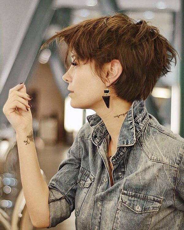 Short Modern Hairstyles For Girls