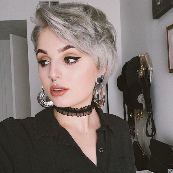 pixie hair cut for women