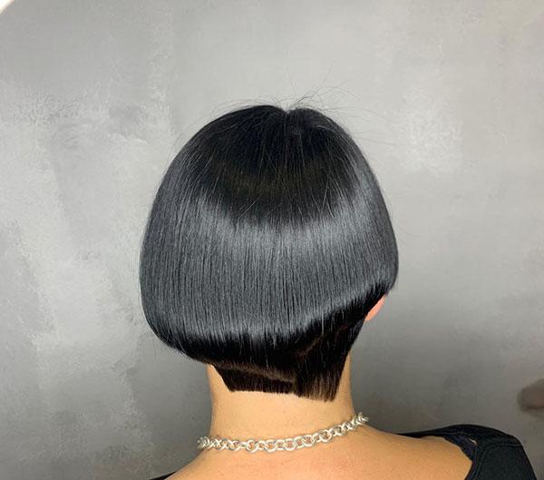 short haircuts female 2021