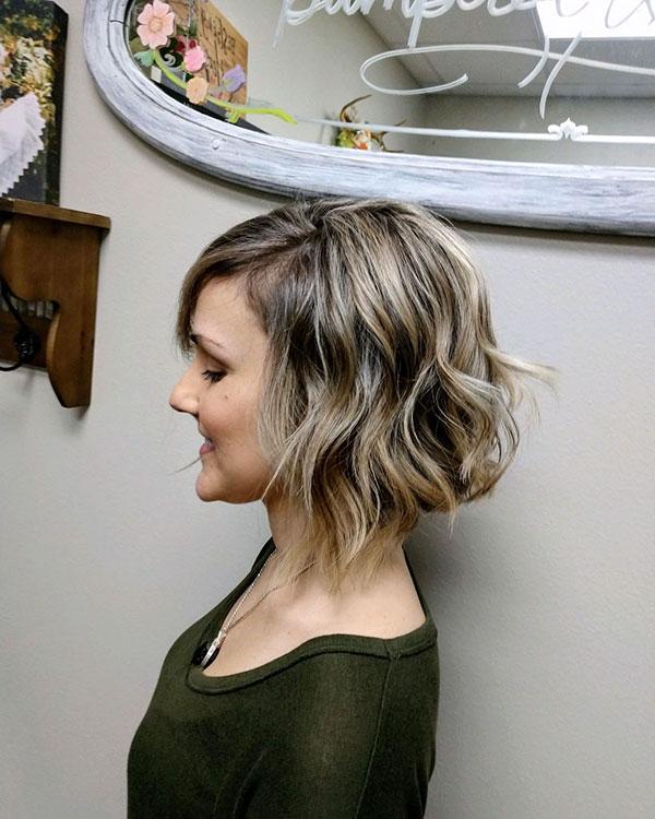 trending short hair cut
