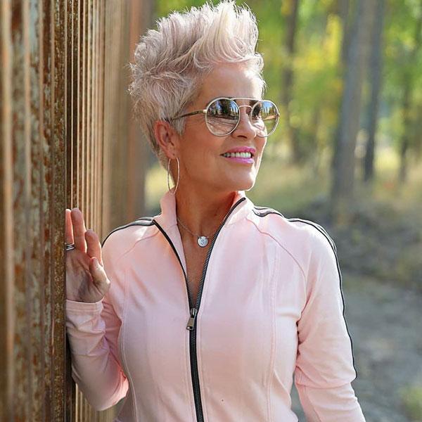 women's pixie haircuts 2021