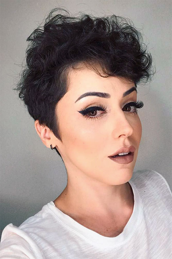 hair color for short curly hair