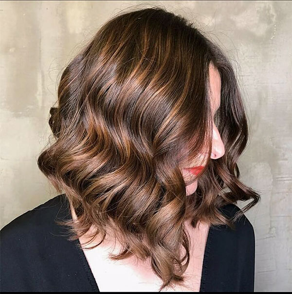short hair styles women 2021