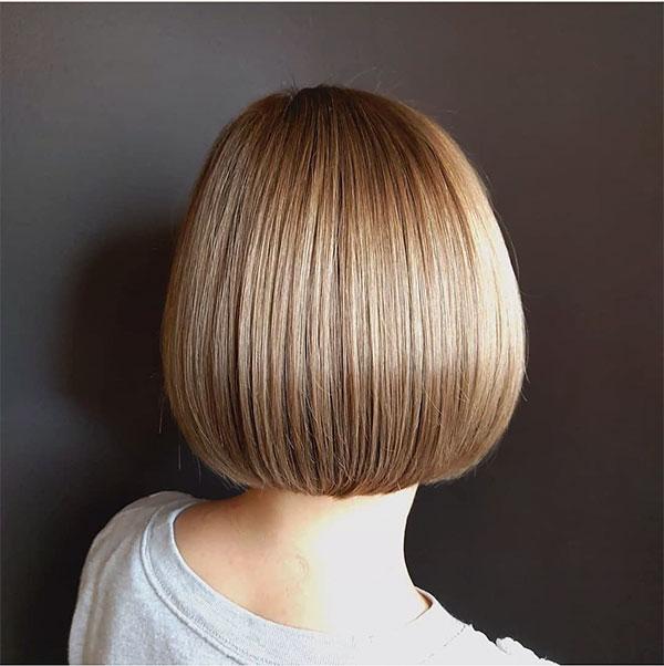 straight haircut for wavy hair
